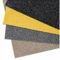 Противоскользящая пластина, 750х1000х4,2 мм, размер абразива 12 Grit, бежевый цвет