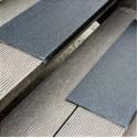 Противоскользящая пластина с углом, 230х1000х30х3,8 мм, размер абразива 46 Grit, черный цвет