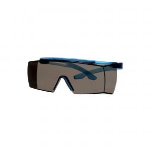 3M™ SecureFit™ 3700 SF3702SGAF-BLU-EU Очки открытые защитные поверх корригирующих с покрытием Scotchgard™,линзы серые, синие дужки