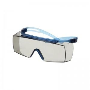 3M™ SecureFit™ 3700 SF3707SGAF-BLU-EU Очки открытые защитные поверх корригирующих с покрытием Scotchgard™,цвет линзы светло-серый